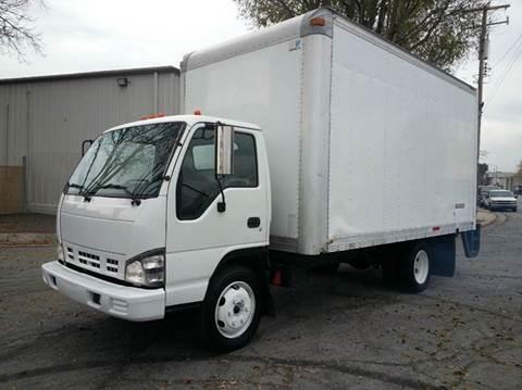 2007 isuzu npr for sale carsforsale com rh carsforsale com used isuzu npr manual transmission for sale Used Isuzu Box Trucks
