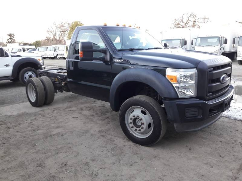 2014 Ford F-550 Super Duty (image 2)