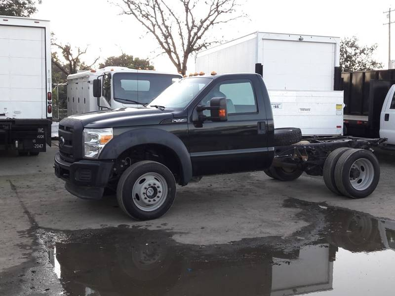 2014 Ford F-550 Super Duty (image 8)