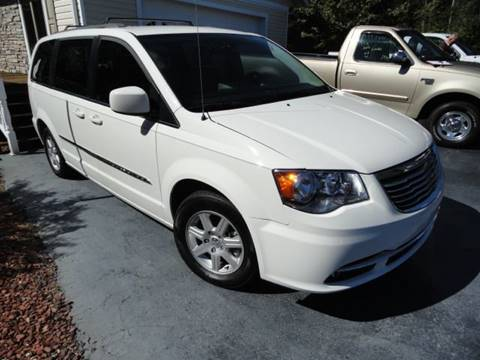 2013 Chrysler Town and Country for sale in East Bend, NC