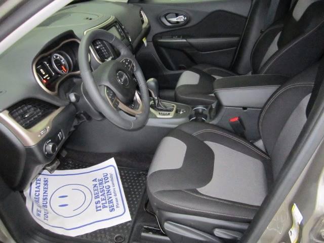 2016 Jeep Cherokee 4x4 Sport 4dr SUV - Rogers City MI