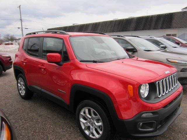 2016 Jeep Renegade 4x4 Latitude 4dr SUV - Rogers City MI