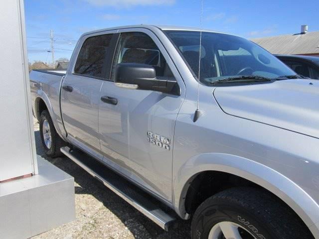 2015 RAM Ram Pickup 1500 4x4 SLT 4dr Crew Cab 5.5 ft. SB Pickup - Rogers City MI