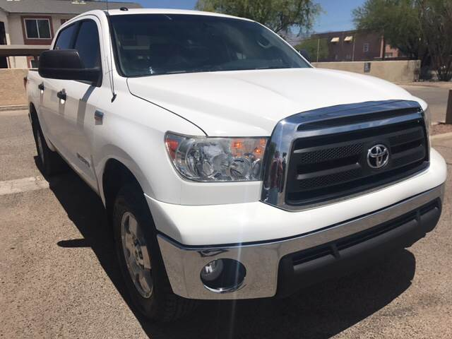 2013 Toyota Tundra 4x4 Grade 4dr CrewMax Cab Pickup SB (5.7L V8 FFV) - Tucson AZ