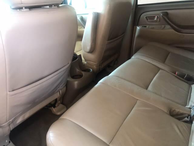 2004 Toyota Sequoia SR5 4dr SUV - Tucson AZ