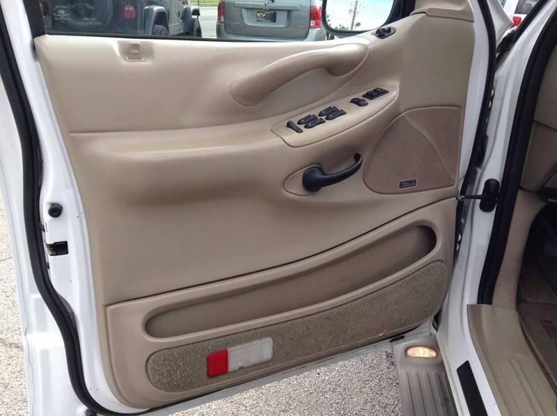 2002 Ford Expedition Eddie Bauer 2WD 4dr SUV - Gainesville GA