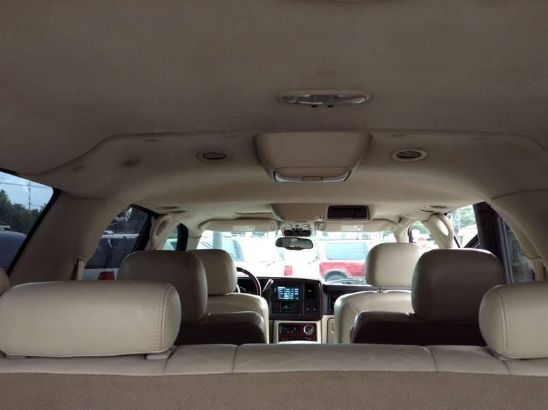 2005 Cadillac Escalade ESV AWD Platinum Edition 4dr SUV - Gainesville GA