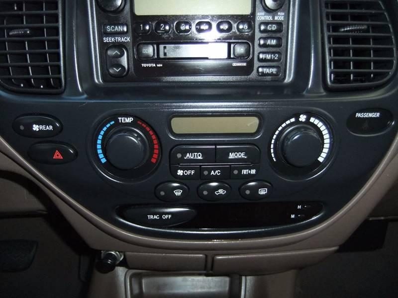2002 Toyota Sequoia SR5 2WD 4dr SUV - San Diego CA