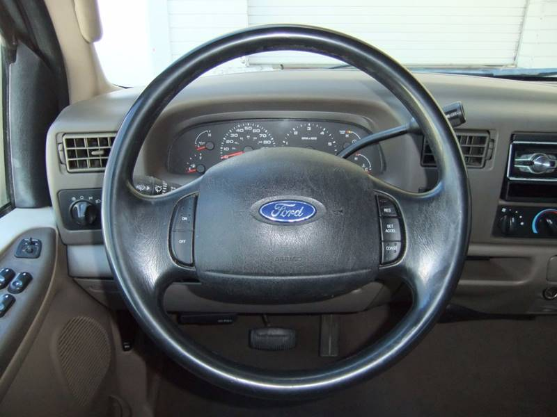 2003 Ford F-250 Super Duty 4dr Crew Cab XLT 4WD SB - San Diego CA