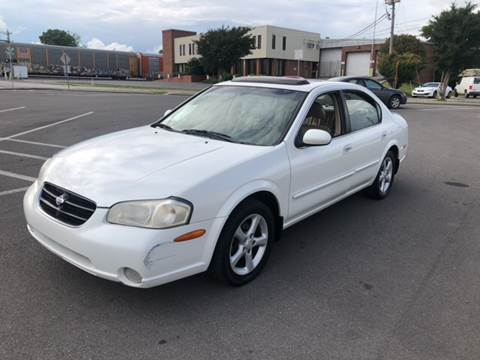 2000 Nissan Maxima for sale at Diana Rico LLC in Dalton GA