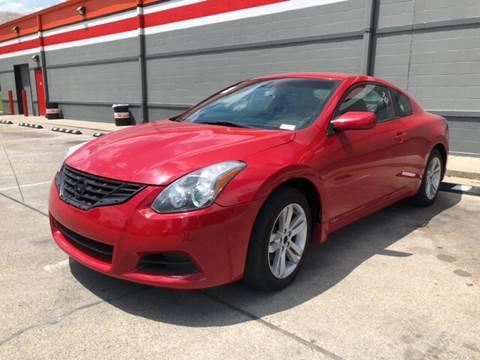 2012 Nissan Altima for sale at Diana Rico LLC in Dalton GA
