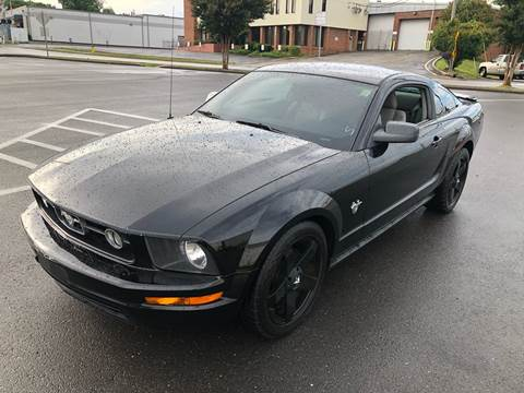 2009 Ford Mustang for sale at Diana Rico LLC in Dalton GA