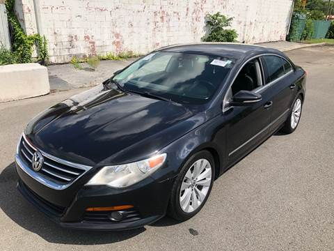 2010 Volkswagen CC for sale at Diana Rico LLC in Dalton GA