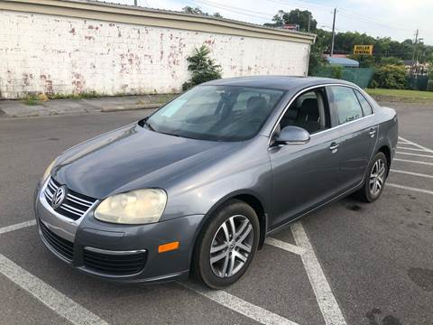 2006 Volkswagen Jetta for sale at Diana Rico LLC in Dalton GA