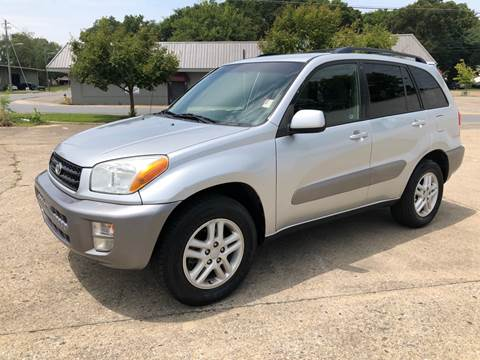 2001 Toyota RAV4 for sale at Diana Rico LLC in Dalton GA