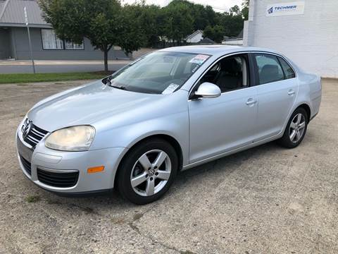 2009 Volkswagen Jetta for sale at Diana Rico LLC in Dalton GA