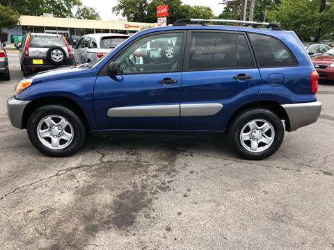2005 Toyota RAV4 for sale at Diana Rico LLC in Dalton GA