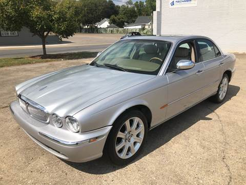 2004 Jaguar XJ-Series for sale at Diana Rico LLC in Dalton GA
