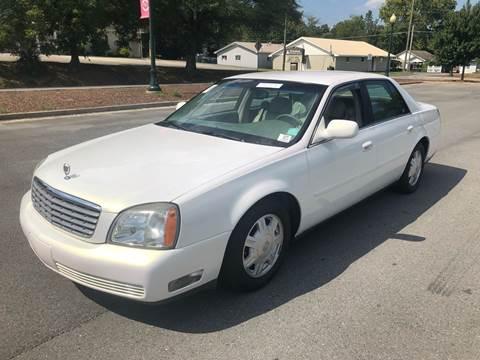 2004 Cadillac DeVille for sale at Diana Rico LLC in Dalton GA