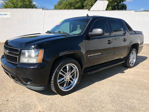 2008 Chevrolet Avalanche for sale at Diana Rico LLC in Dalton GA