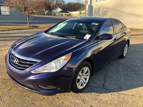 2012 Hyundai Sonata for sale at Diana Rico LLC in Dalton GA