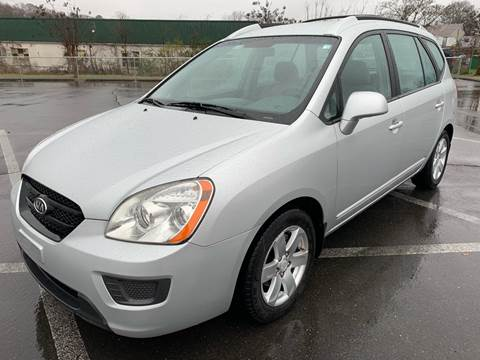 2007 Kia Rondo for sale at Diana Rico LLC in Dalton GA