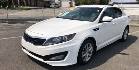 2013 Kia Optima for sale at Diana Rico LLC in Dalton GA