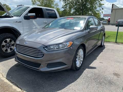 2013 Ford Fusion Hybrid for sale at Diana Rico LLC in Dalton GA