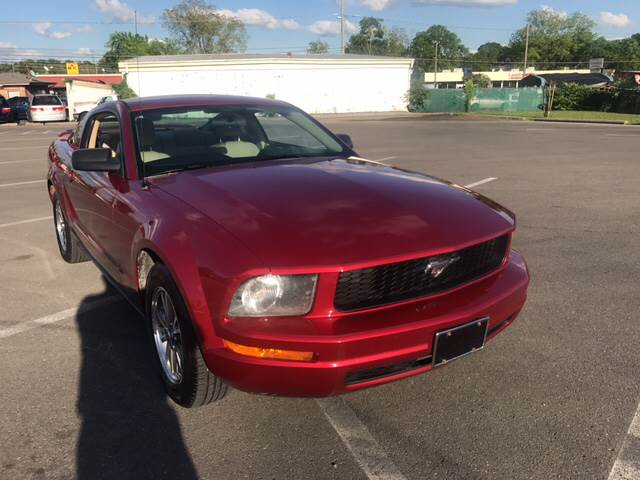 2005 Ford Mustang V6 Premium 2dr Coupe - Dalton GA