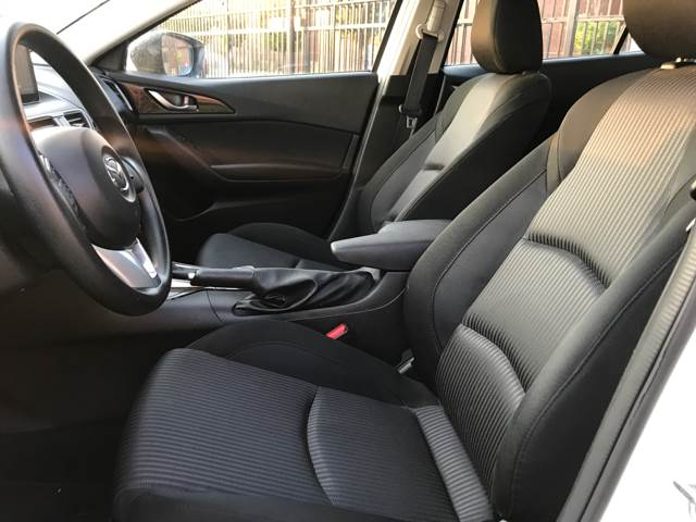 2016 Mazda MAZDA3 i Sport 4dr Sedan 6M - Philadelphia PA