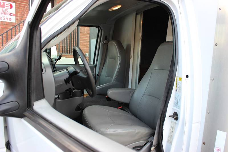 2008 Ford E-350 Super Duty - Philadelphia PA