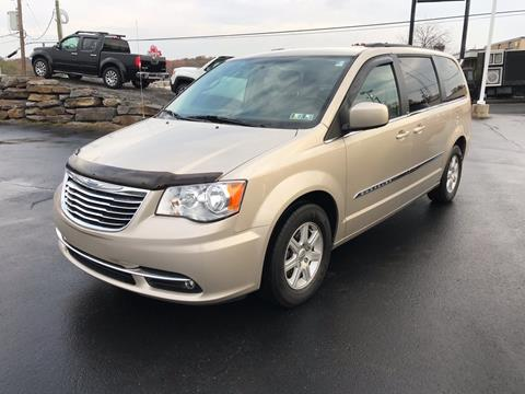 2013 Chrysler Town and Country for sale in Pittston, PA