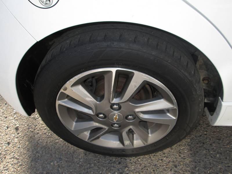 2016 Chevrolet Spark EV 1LT (image 17)