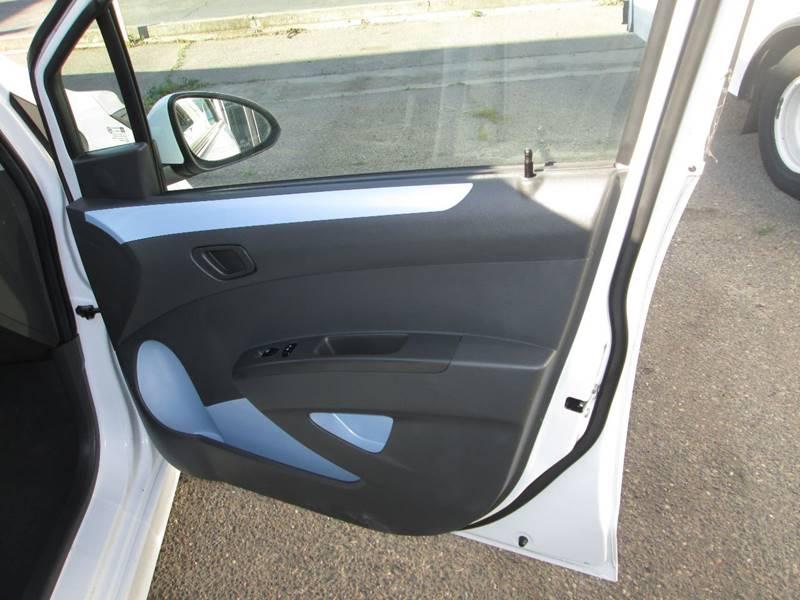 2016 Chevrolet Spark EV 1LT (image 11)