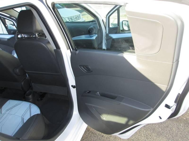 2016 Chevrolet Spark EV 1LT (image 12)