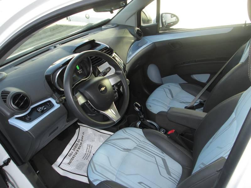 2016 Chevrolet Spark EV 1LT (image 8)