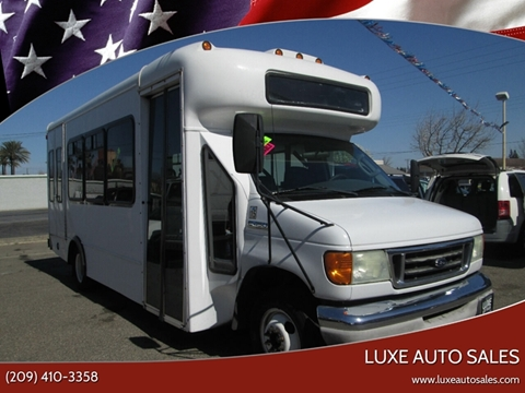 2006 Ford E-Series Chassis E-450 SD for sale at Luxe Auto Sales in Modesto CA
