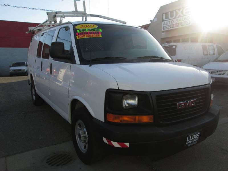 2003 GMC Savana Cargo 3500 (image 2)