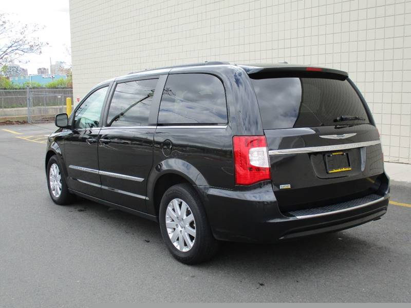 2014 Chrysler Town and Country Touring 4dr Mini-Van - Somerville MA