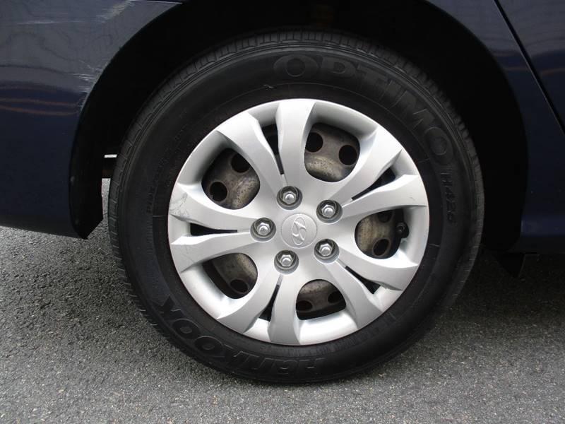 2010 Hyundai Elantra GLS 4dr Sedan - Somerville MA