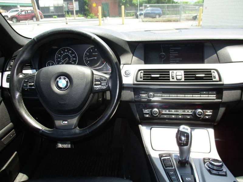 2011 BMW 5 Series AWD 550i xDrive 4dr Sedan - Somerville MA