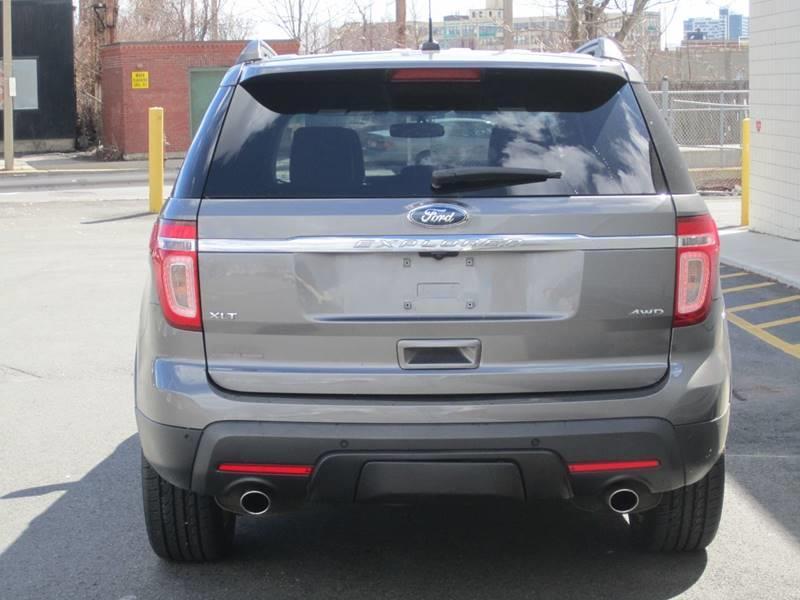 2013 Ford Explorer AWD XLT 4dr SUV - Somerville MA