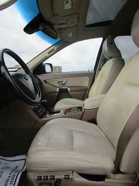 2008 Volvo XC90 AWD 3.2 4dr SUV - Somerville MA