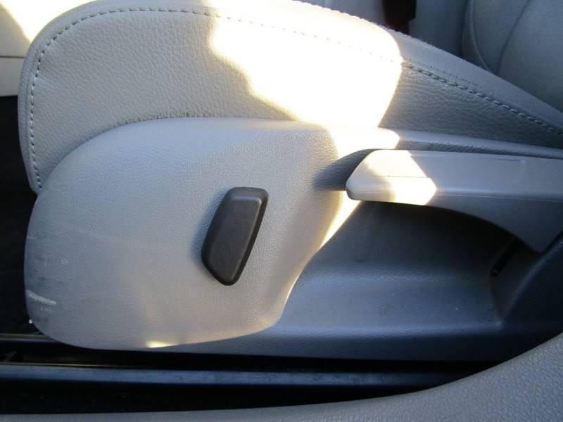 2008 Volkswagen Jetta SEL PZEV 4dr Sedan 6A - Somerville MA