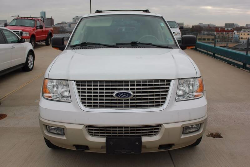 2005 Ford Expedition Eddie Bauer 4WD 4dr SUV - Somerville MA