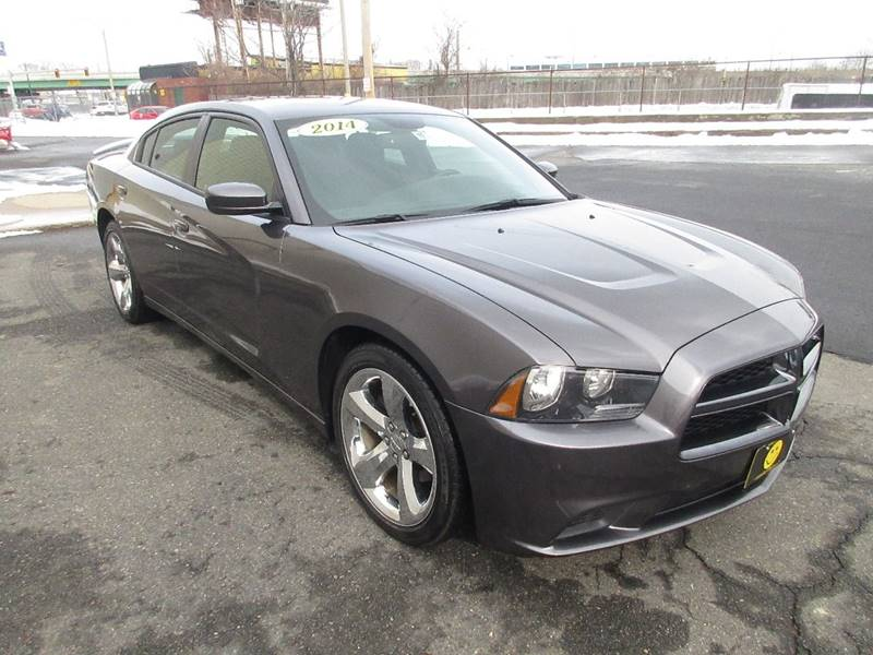 2014 Dodge Charger SE 4dr Sedan - Somerville MA