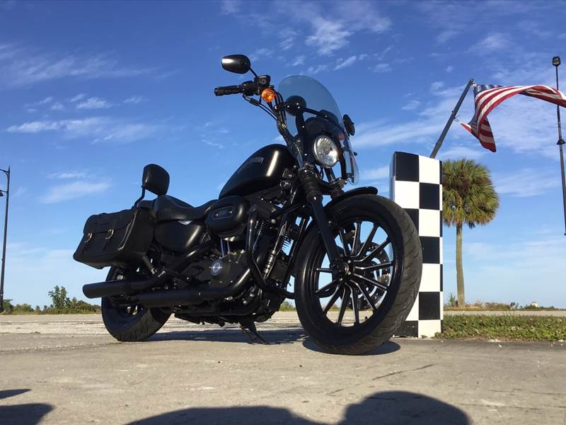 2012 Harley davidson  883 IRON