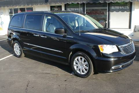 2014 Chrysler Town and Country for sale in Noblesville, IN