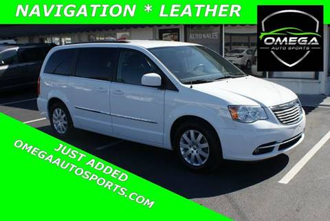 2015 Chrysler Town and Country for sale in Noblesville, IN