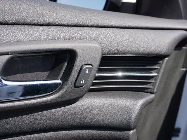 2015 Chevrolet Malibu LT 4dr Sedan w/1LT - Fenton MI